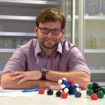 Herr Kneupel - Mathematik, Chemie